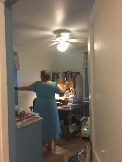 A client feeeeeling her space!
